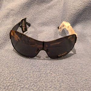 Steve Madden sunglasses NEW!!